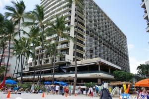 120616 Wakiki Beach Outrigger Hotel