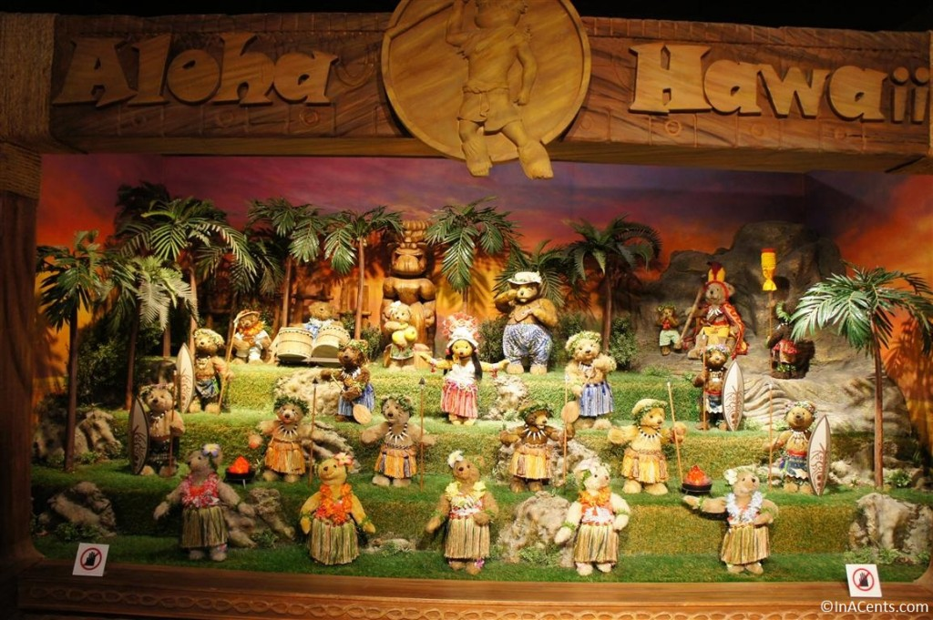 120624 Teddy Bear World Hawaii- Aloha Luau
