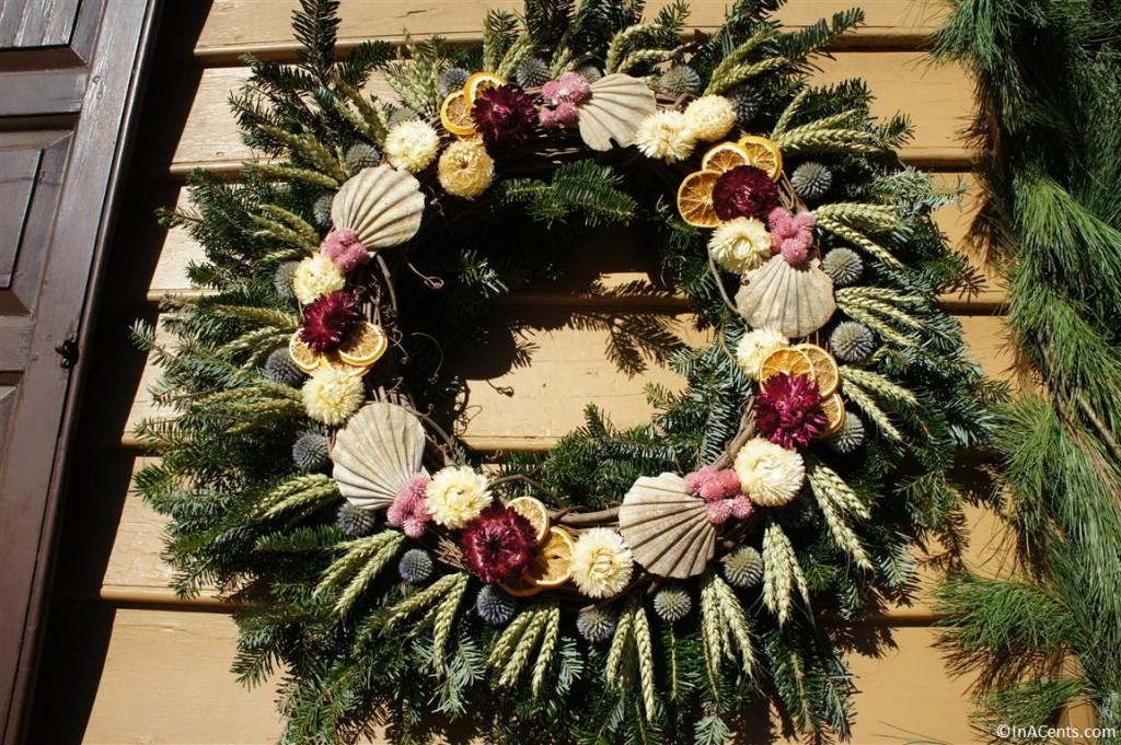121122 Colonial Williamsburg Wreath 2