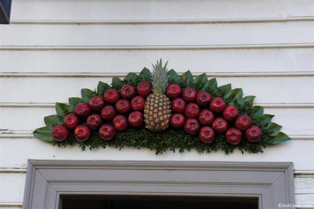 121122 Colonial Williamsburg Wreath 4