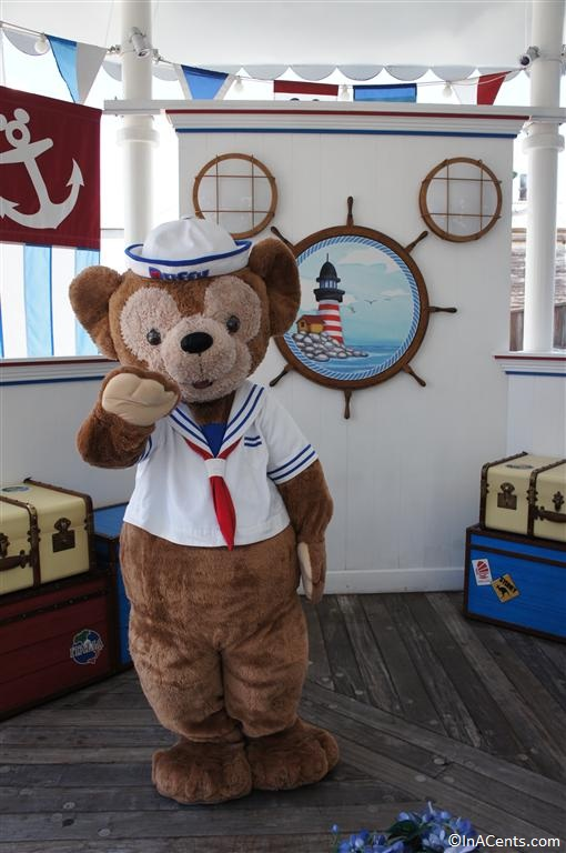120611 Disney's California Adventure Duffy Bear (4)
