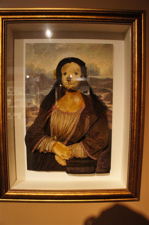 120624 Teddy Bear World Hawaii- Mona Lisa Painting