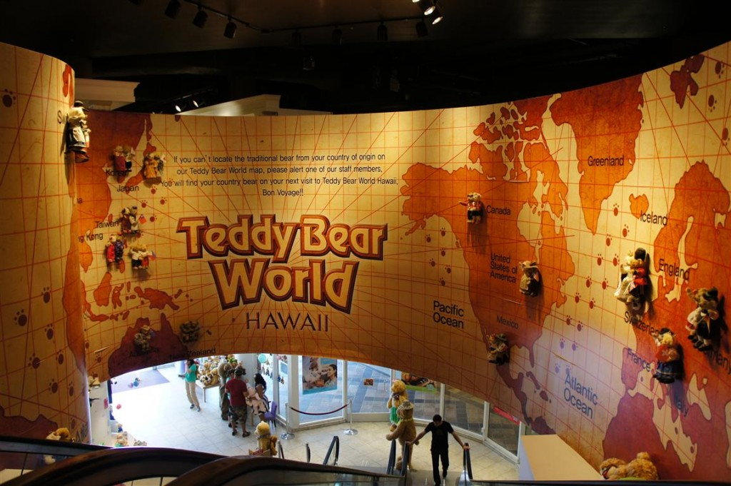120624 Teddy Bear World Hawaii- World Map
