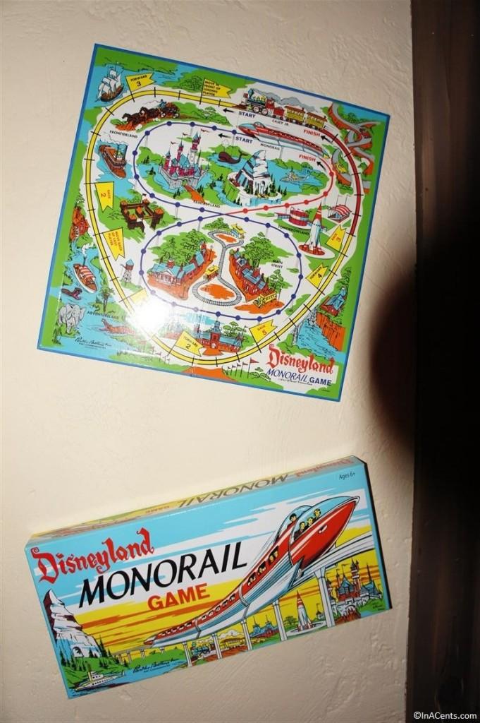 131123 Castle Noel- Disneyland Monorail Game