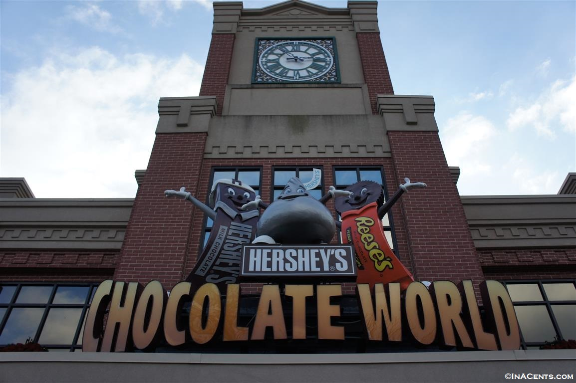 Hershey's Chocolate World for the Holidays - InACents.com