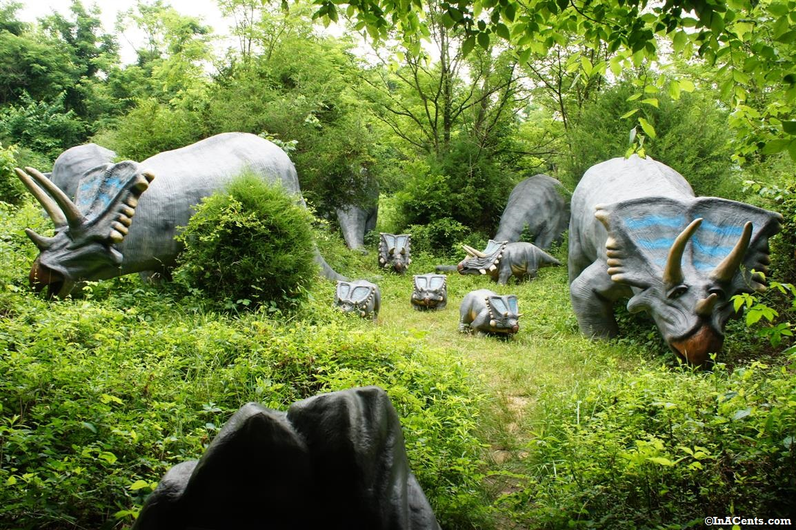 a review of dinosaur world kentucky with kids