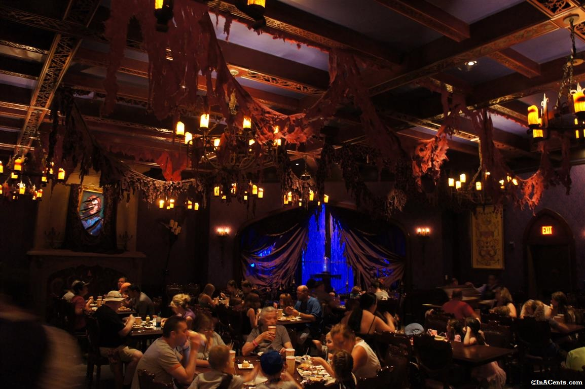 Review Disney Be Our Guest Restaurant For Lunch