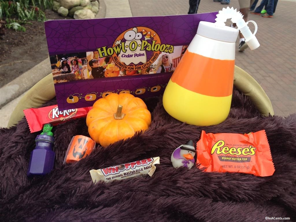 140912 Cedar Point Halloweekends Trick-or-Treat Gifts