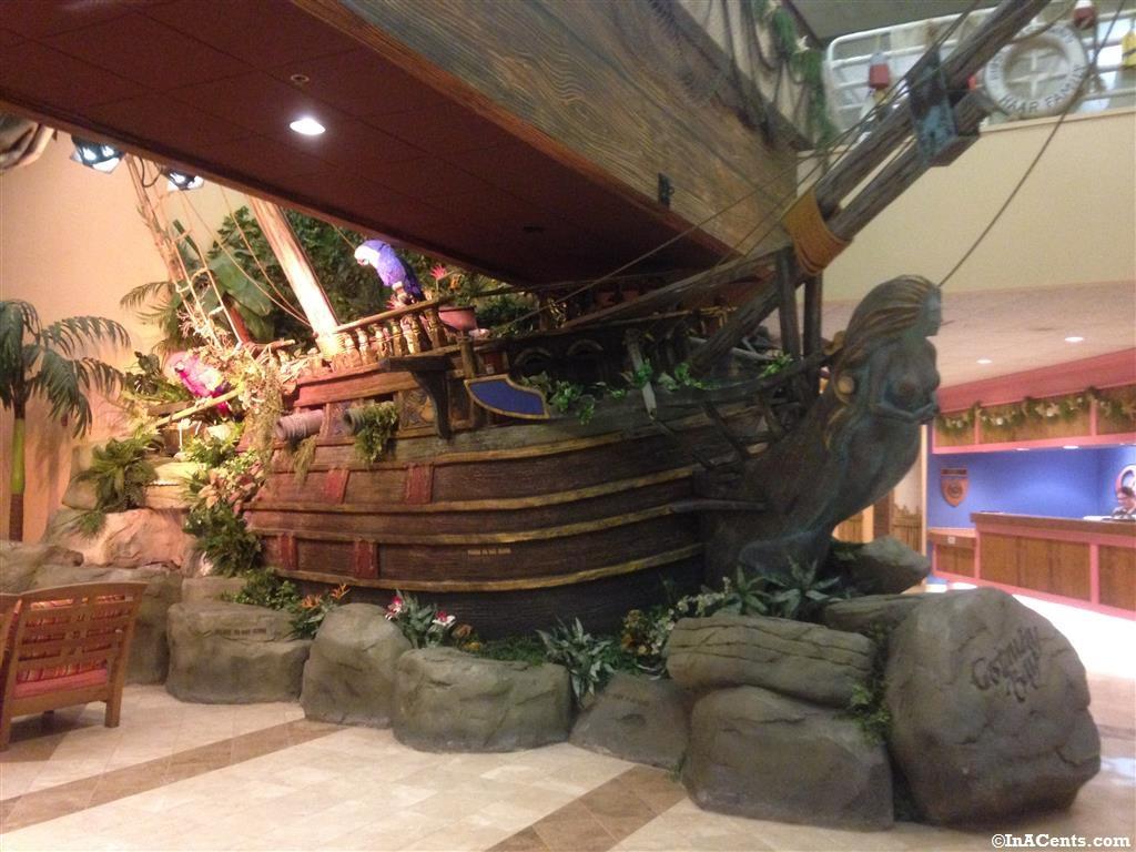 Review: Cedar Point's Castaway Bay Indoor Waterpark