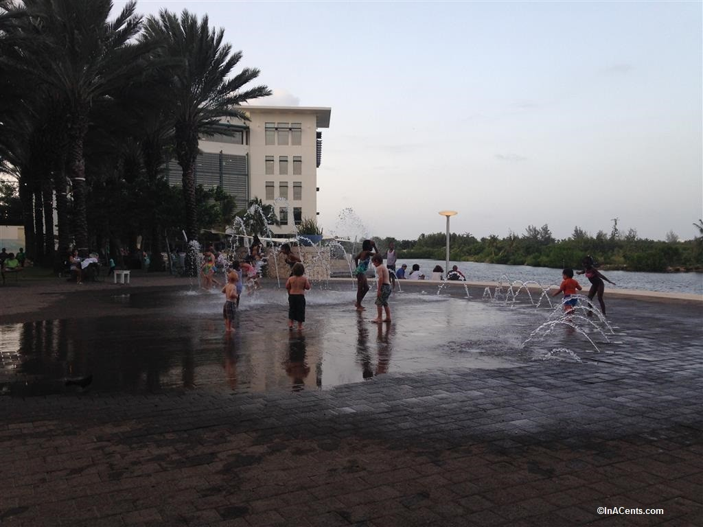 150706 Camana Bay Splash Pad, Grand Cayman with Kids