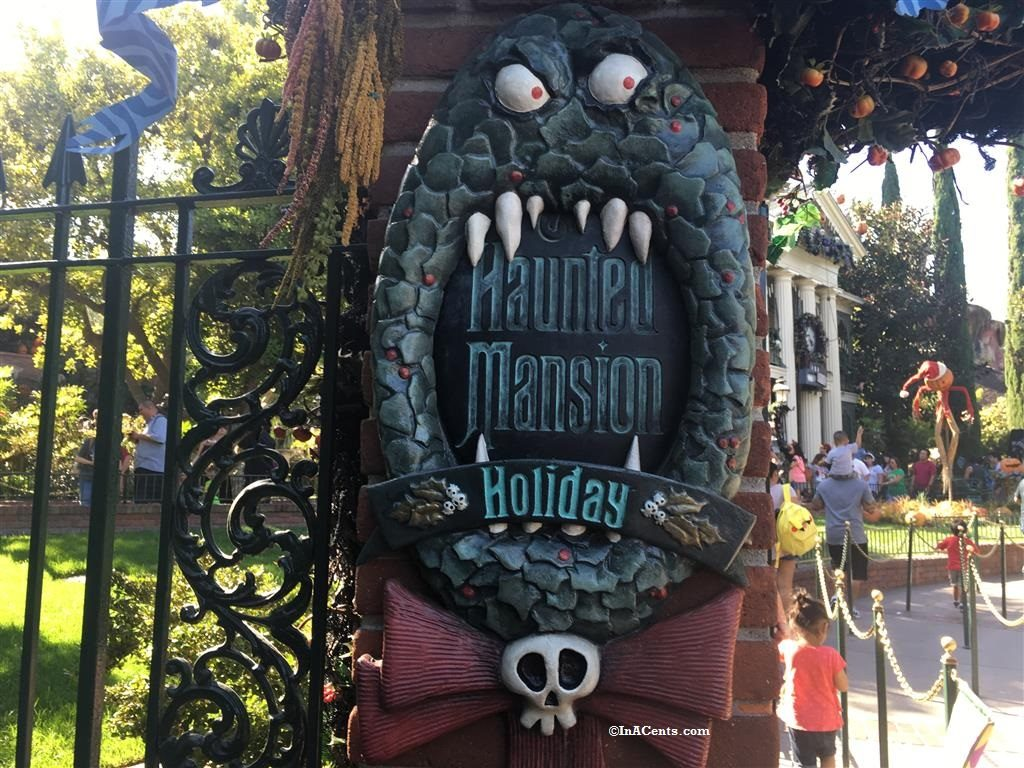 160925-disneyland-halloween-haunted-mansion-1